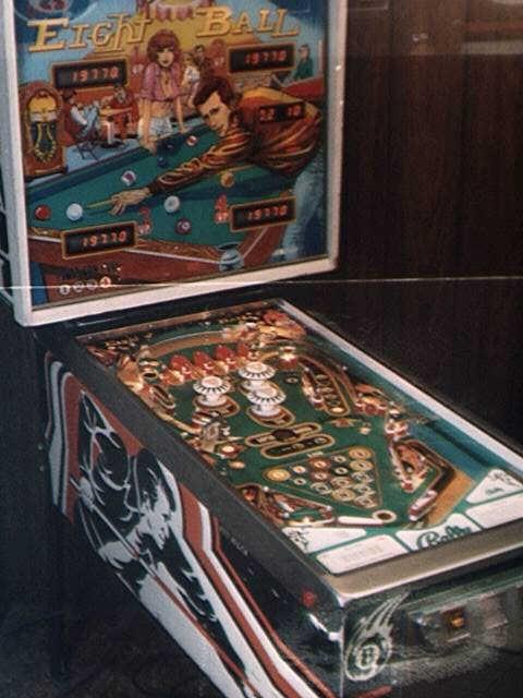 8 pinball machine